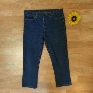 Capri Jeans Slim Fit Cute Summer Outfit Dark Wash